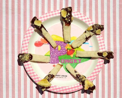 pongky-pocky-plate