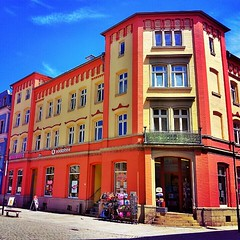 #red #yellow #blue A #house in Meiningen #city.