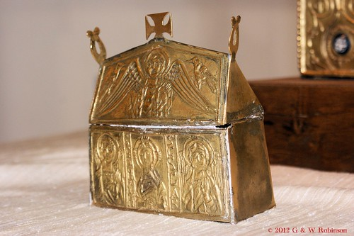Reproduction reliquary with Anglo-Saxon Runes