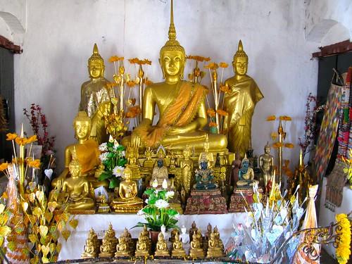 Altar del That Chomsi