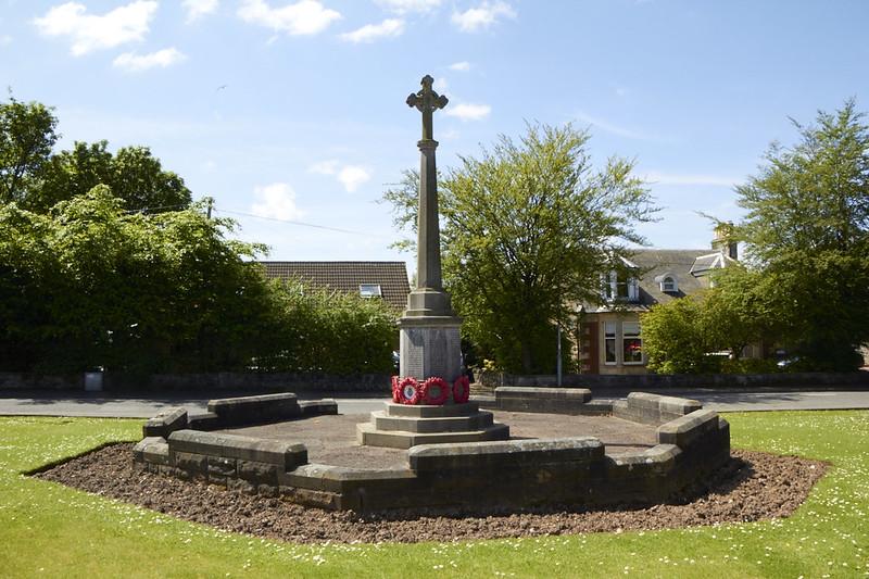 Beith Kings rd, View Park War memorial (2)