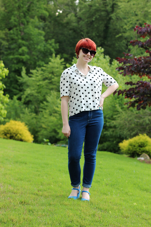 Petite Panoply: White Polka Dot Top, High Waisted Jeans, Cat Eye Sunglasses, & Blue Wedges