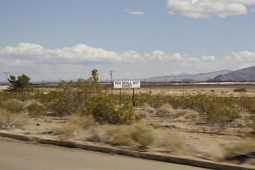 Los mandamientos en la autopista: No desearás...