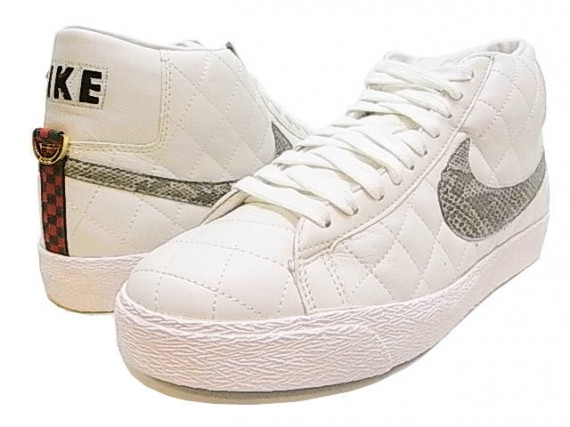 supreme-nike-blazer-white-570x427