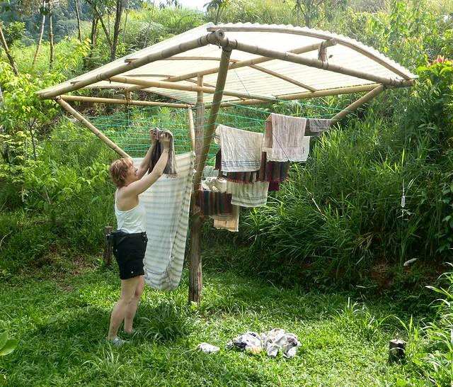 Solar clothes dryer kit flickr photo sharing - Etendoir a linge mural exterieur ...