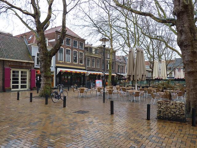 Delft (320)