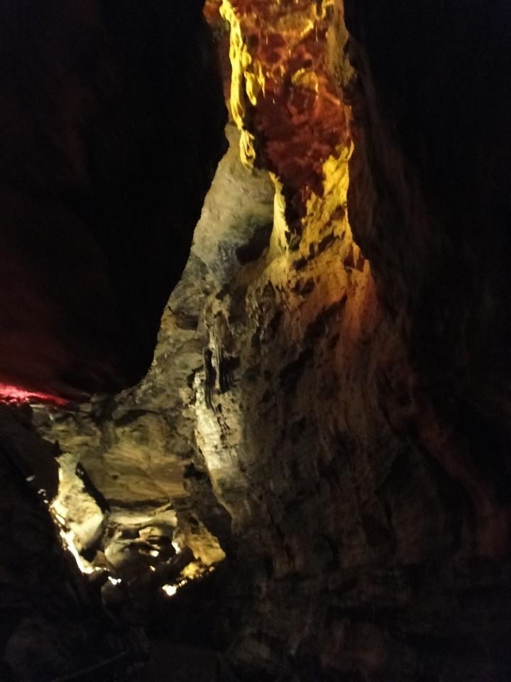 75-2apr12_3008_Howe Caverns_Adirondacks