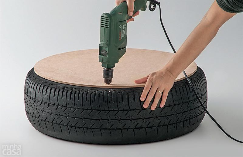 http://casa.abril.com.br/materia/pufe-ecologico-pneu-descartado-corda-sisal#10