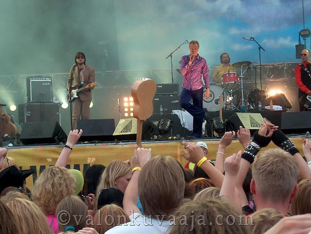 Ruisrock 2005 lauantai - Ismo Alanko Säätiö