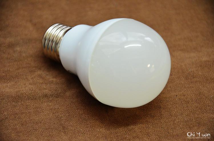 飛利浦LED燈泡08.jpg
