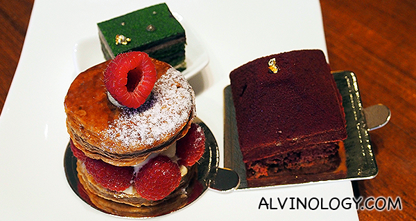 More beautiful cakes and pastries - and they are equally delicious!