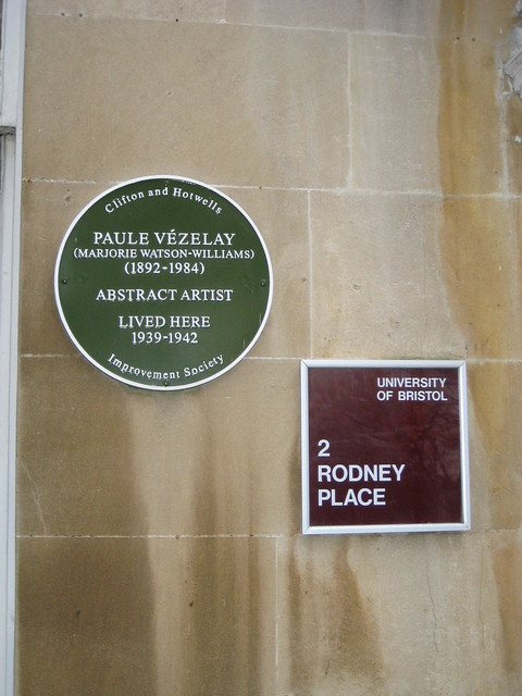 Photo of Paule Vézelay green plaque