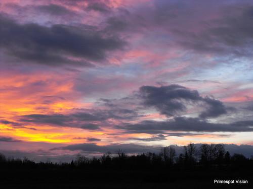 red orange color nature sunrise scenery bc britishcolumbia awesome stormy fraservalley stormysunrise