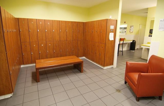 Gold s gym tally locker room flickr photo sharing