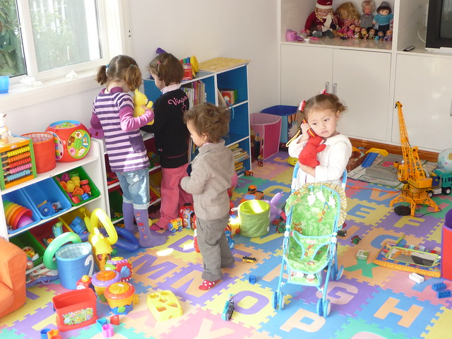 Kids playing in the play room | We hosted a party to ...