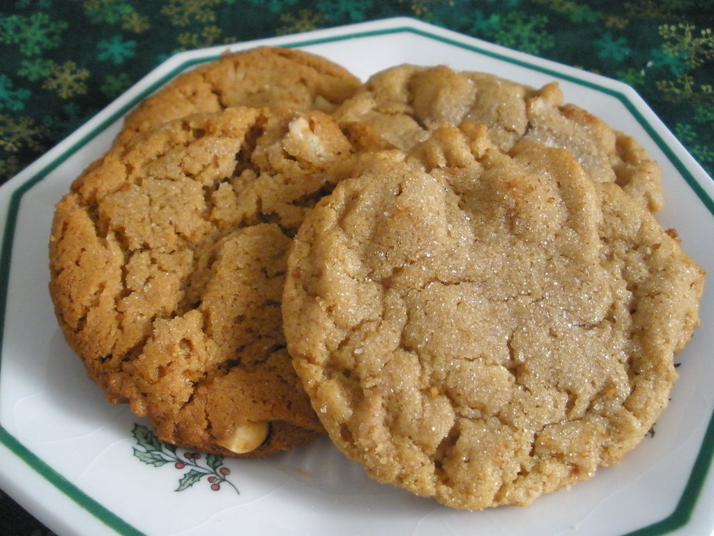 Mar 16, · No Bake Cookies are one of the easiest cookies I've ever made. Made without flour and without eggs, they're a bit different from so many of my other cookie recipes, and taste something like a hybrid between cookie and candy.5/5(71).