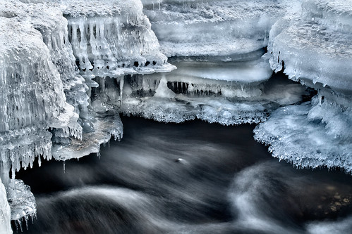 longexposure winter ontario canada motion cold detail ice nature wet water beautiful digital creek photoshop canon river landscape outdoors eos rebel frozen movement stream soft natural victorian kitlens fast icicle brook editing guide xs icicles tutorial saultstemarie northernontario algoma cs4 billywilsonphotography
