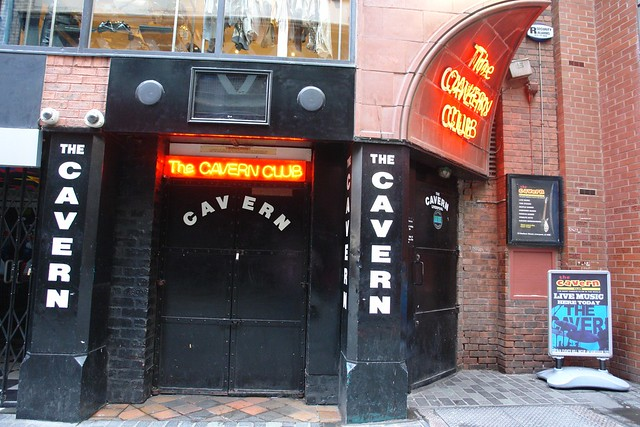 Ruta de los Beatles: Entrada de The Cavern los beatles - 5333153669 2958a411c8 z - Ruta de los Beatles en Liverpool