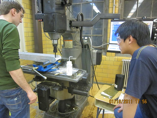 Observing the CNC milling machine