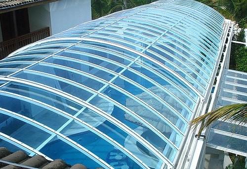 Los techos de policarbonato la soluci n ideal para for Diferentes tipos de techos para terrazas