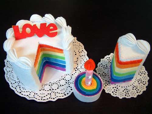 felt play food-Rainbow cake