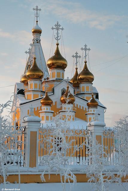 Cathédrale de la transfiguration (preobrazhensky) par -25°C, Iakoutsk, Sibérie, Russie 10/12/28 14:01 © Bernard Grua 2010