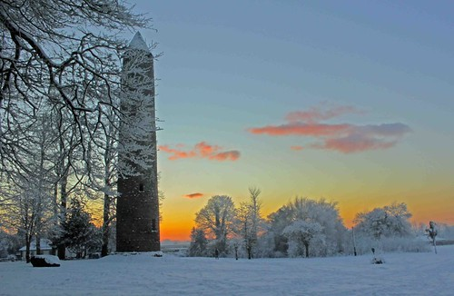 sunset snow tower round antrim davidheatley dch irishroundtower dcwizzweb thechallengefactory rountdtower dchgraphics