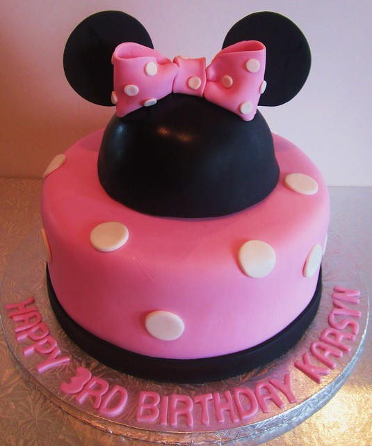 fondant cake minnie mouse