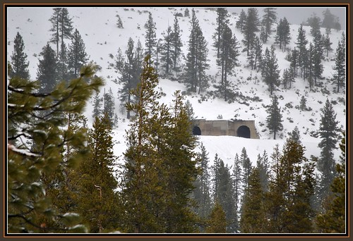california railroad travel train december tunnel trains amtrak jpg jpeg 2010 donnerpass californiazephyr donnersummit