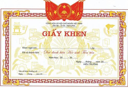 dịch thuật công chứng bằng khen, giấy khen lấy ngay tại Hà Nội