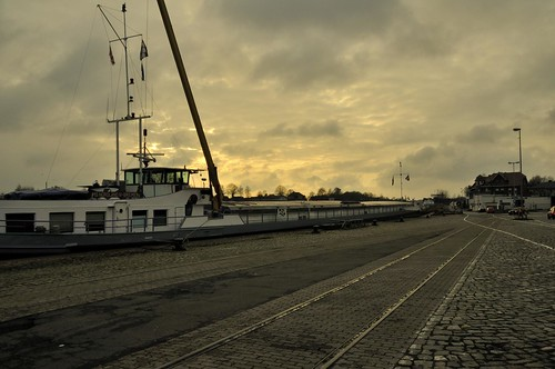 sunset sky port germany deutschland sonnenuntergang sundown harbour himmel hafen rendsburg nordostseekanal schleswigholstein kielcanal binnenhafen kaiserwilhelmkanal inlandport
