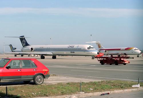 Oasis MD-83 EC-EIK BCN 05/03/1989