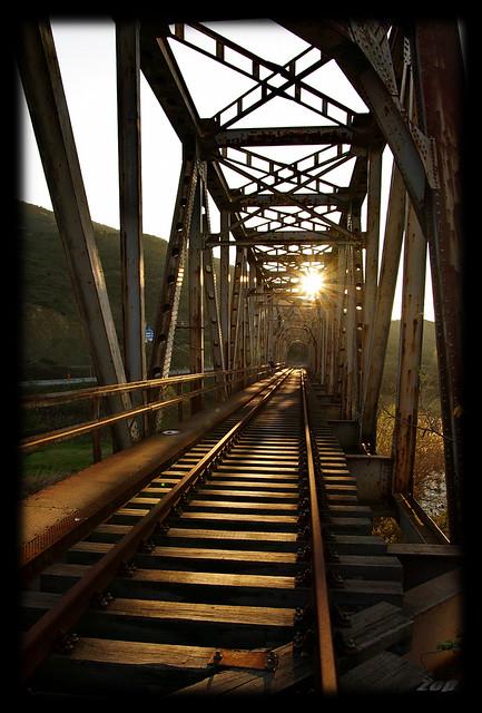 Τις εγκαταλελειμμένες γέφυρες