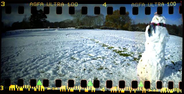 Snowman on Otterbourne Green Dec 2010