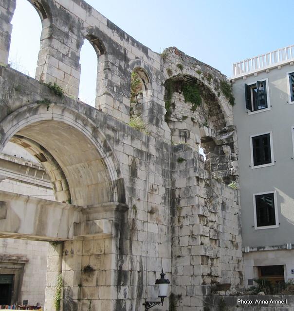 Diocletianuksen palatsin rauniot