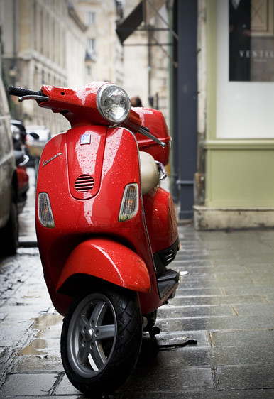 red vespa paris explore siegel thurston photography 39 s phot flickr photo sharing. Black Bedroom Furniture Sets. Home Design Ideas