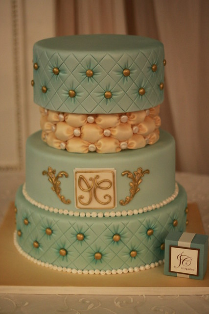 Teal and Ivory Wedding cake The 3rd tier is a dummy cake used as a divider