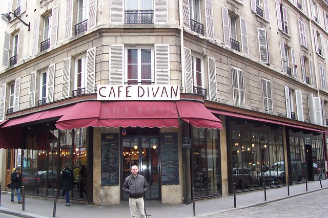 Fr paris 11 cafe divan 60 rue de la roquette for Cafe divan 75011