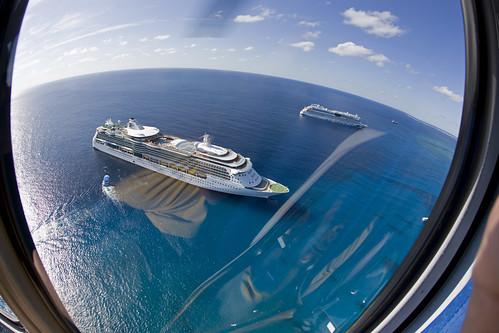 tour aerialview helicopter cruiseship caymanislands grandcayman caribbeansea fisheyelense jeweloftheseas aidaluna caymanislandshelicopters