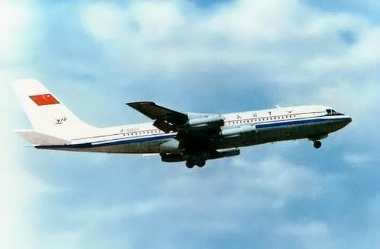 Shanghai Y-10 In Flight (Takeoff)