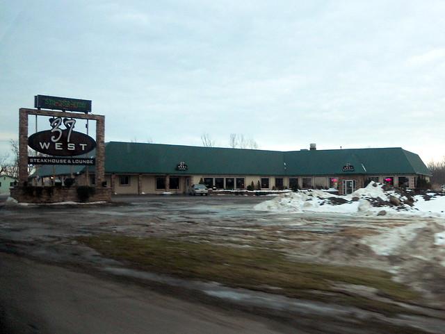 37 West Steakhouse and Lounge, Akwesasne, NY