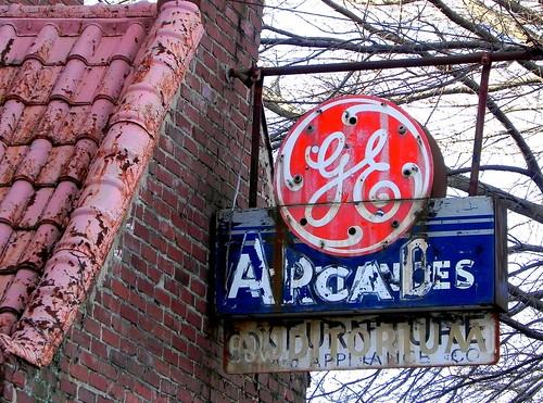 signs vintage ghost arcade northcarolina surry ge mountairy mayberry aplliances erjkprunczyk