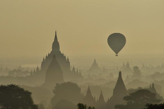 升空 @ Bagan (蒲甘), Myanmar