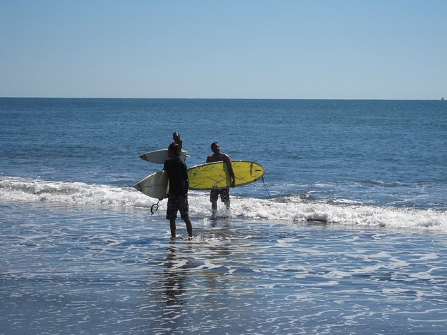 playa-tunco-el-salvador-surfing-bliss