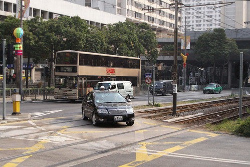 Level crossing on the Light Rail near the On Ting stop