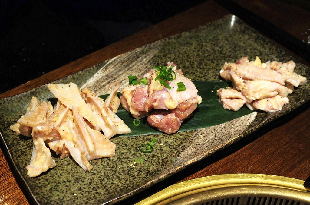 老乾杯 - 特別雞肉三種組合 NT$380