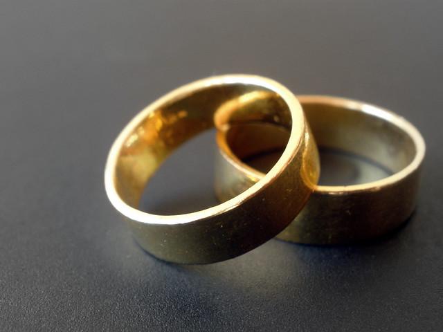 Golden bond
