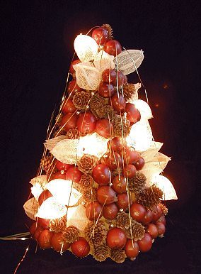 little apple christmas tree 2002
