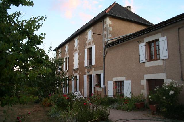 typical french house maison francaise typique dans le poit by matthieu aubry flickr. Black Bedroom Furniture Sets. Home Design Ideas