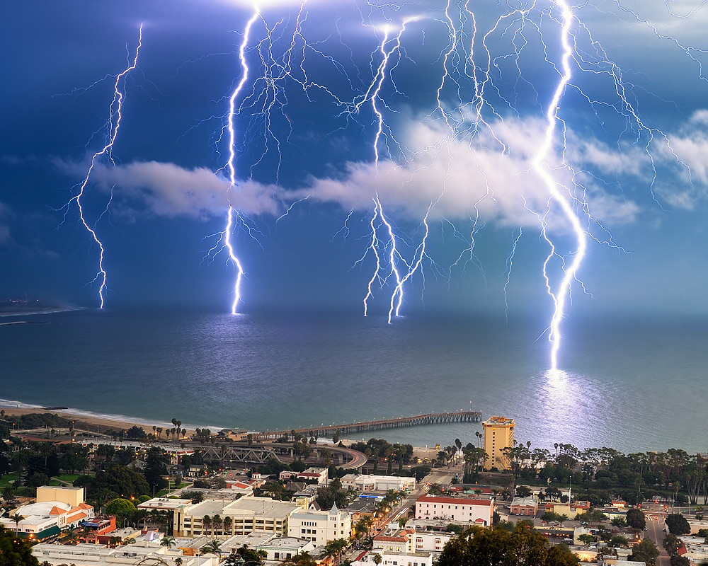 Beach In Storm Lightning: Picture Of The Day: Long Exposure Lightning Storm